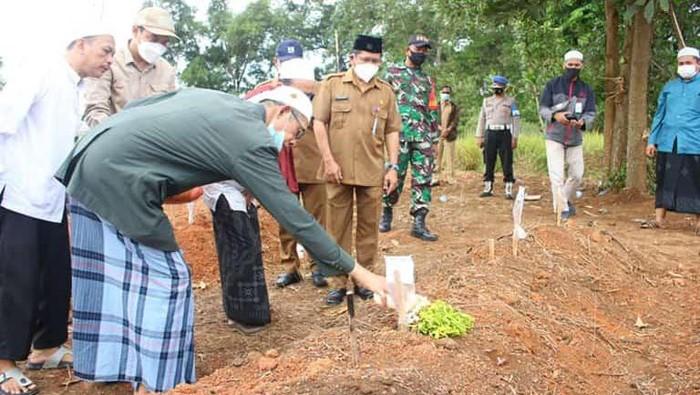 Viral! Pemindahan Makam di Martapura Jadi Perbincangan, Sejumlah Jasad Masih Utuh & Berbau Harum