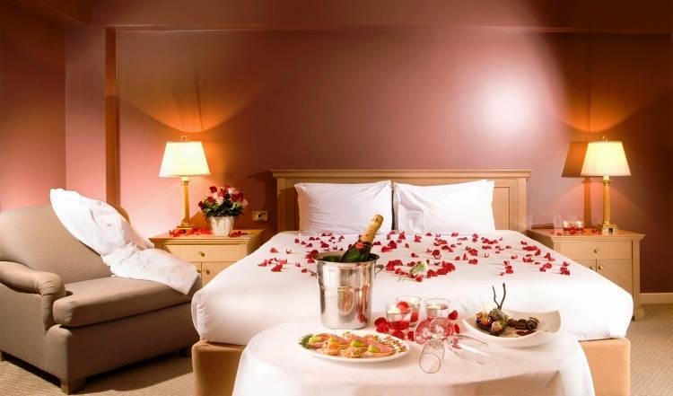Foto Desain Kamar Tidur Romantis untuk Suami Istri
