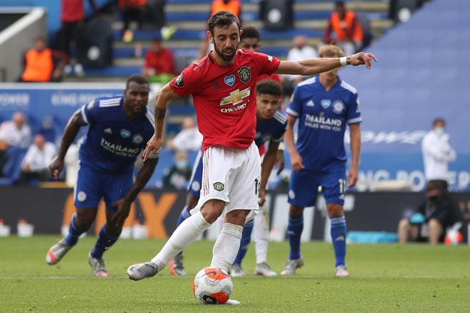 MU thăng hoa top 3: Solskjaer đáp trả chỉ trích, Fernandes tin ăn cú đúp