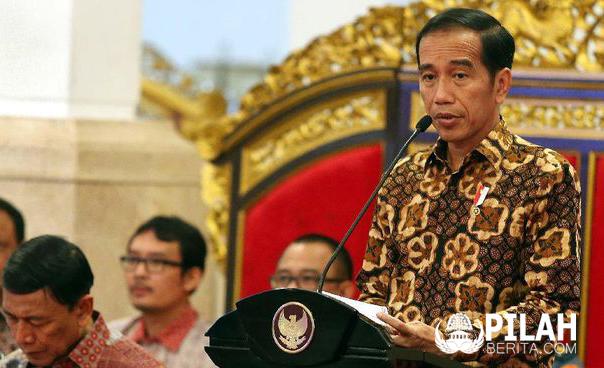 Jokowi Umumkan Kenaikan Gaji ke-13 dan THR Lebaran Seluruh PNS/TNI/Polri dan Pensiunan PNS
