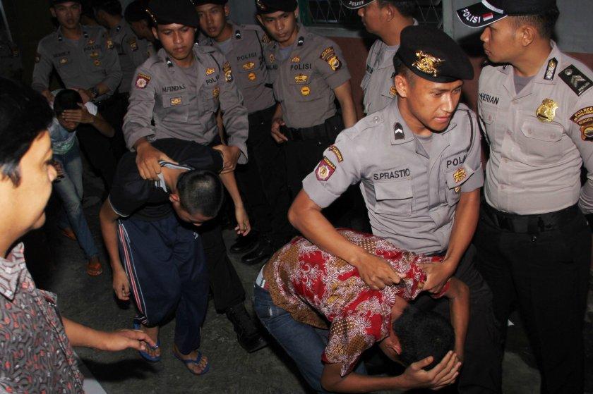 Indonesia aprueba la castración química para pedófilos