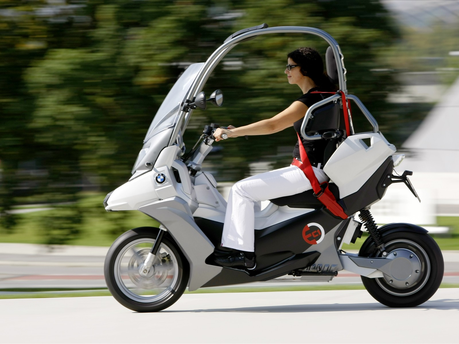 Bmw Automotive C1 E Concept Scooter Pictures Accident