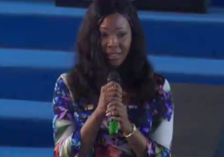 Stephanie Otobo visits Apostle Suleman's church, confesses she was paid heavily by some politicians to tarnish the image of the clergyman(Video)