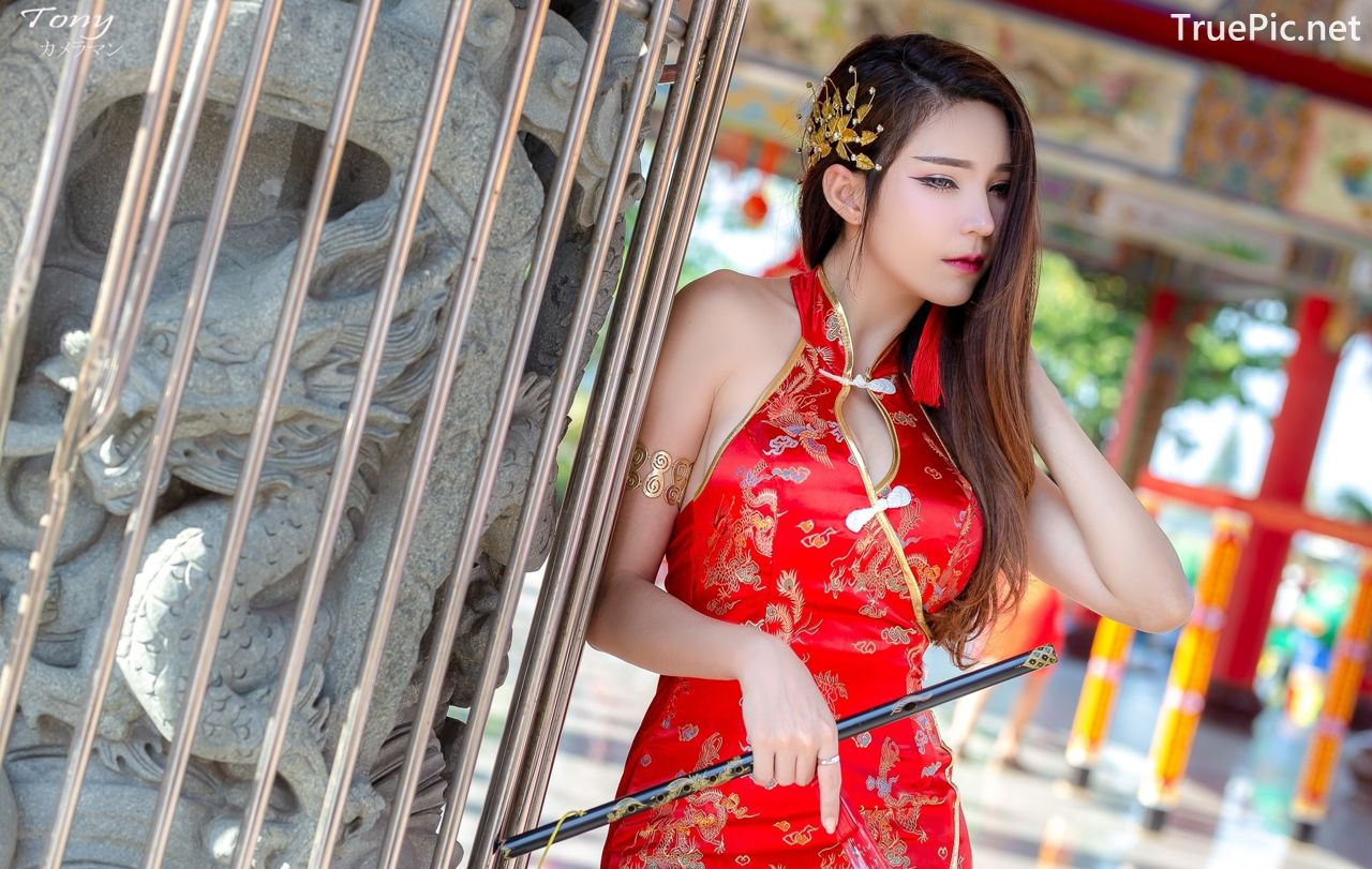 Image-Thailand-Hot-Model-Janet-Kanokwan-Saesim-Sexy-Chinese-Girl-Red-Dress-Traditional-TruePic.net- Picture-4