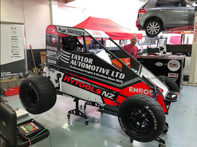 Kyle Larson Wins Midget Race in New Zealand.