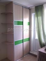 Небольшой шкаф