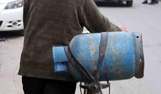 خميس انفراج الاختناقات في المشتقات النفطية قريباً!!