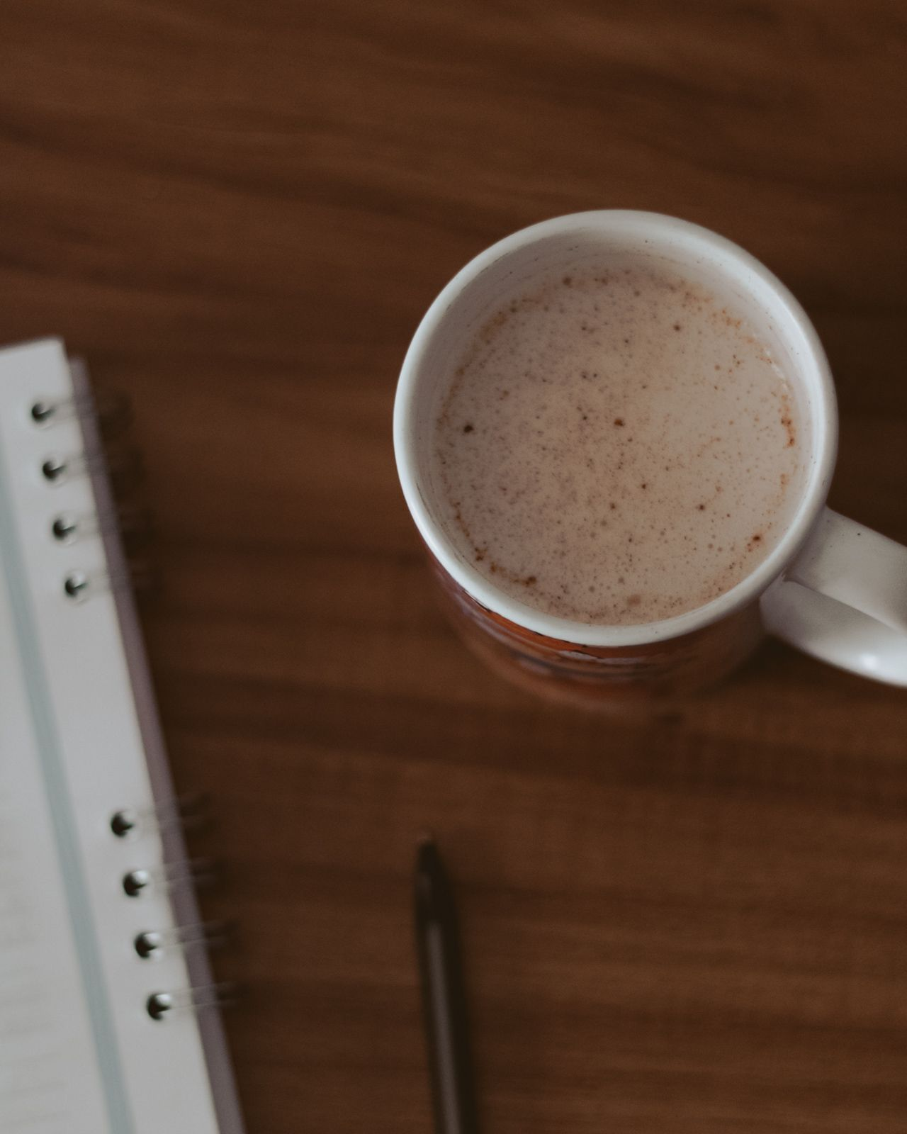 Tem um rato na cozinha + terminei the office chocolate quente