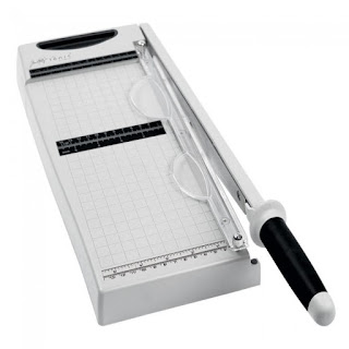 Positivelypapercraft Trimmer review