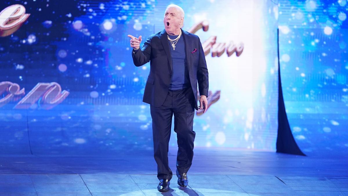 Ric Flair é liberado pela WWE