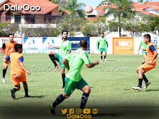 Sebastián Gamarra en el partido amistoso de Oriente Petrolero ante La Nueva Santa Cruz - DaleOoo