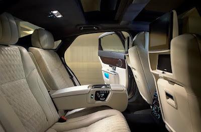 2016 Jaguar XJ Restyle interior