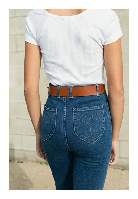 Высоко натянула джинсы фото аж видно фото 363-892