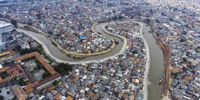 Cerita Kali Ciliwung Yang Hidup Kembali Setelah Dinormalisasi