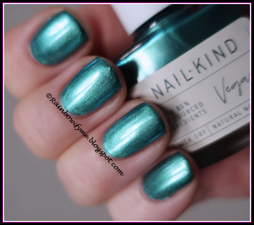 Nail Kind: Cosmic Wave