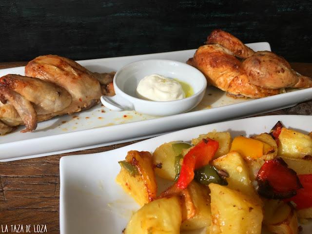 pollo-salsa-harissa-sobre-pimientos-receta-de-Donna-Hay