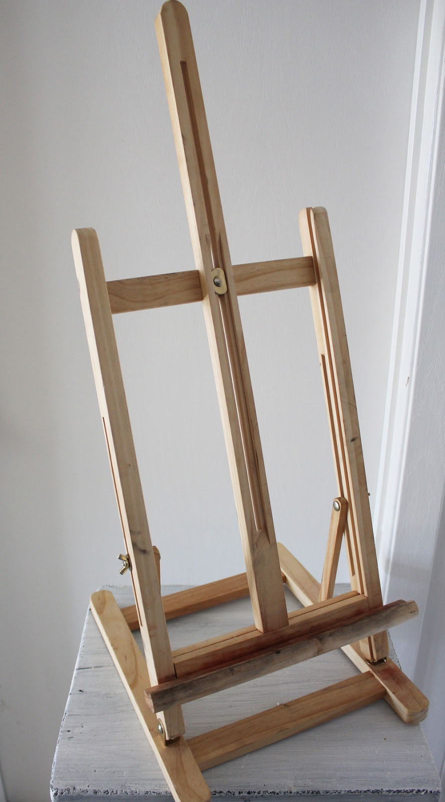 easel Itsy Bits And Pieces