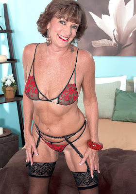 Mature Seniors Blogspot 69