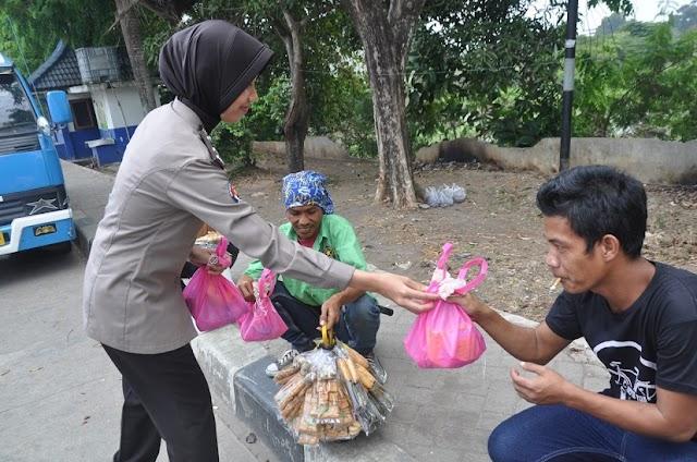 Jumat Barokah, Polda Banten Terus Berbagi Kepada Masyarakat