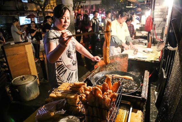 Những món ăn đường phố không nên bỏ lỡ khi đến Thượng Hải