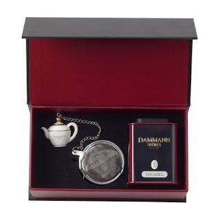 Cutie cadou -ce contine un ceai Touareg si un infuzor