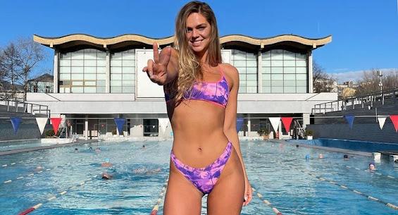Юлия Ефимова вернулась в Россию и провела подготовку к чемпионату страны в бассейне «Чайка»