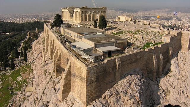 «Οι Αρχαίοι Έλληνες Άλλαξαν Τον Κόσμο»: To Ανατριχιαστικό Ντοκιμαντέρ Για Τα 5.000 Χρόνια Ελληνικού Πολιτισμού (Bίντεο)