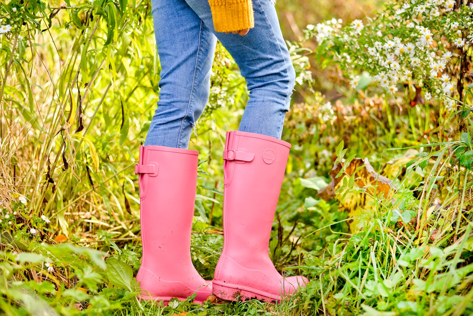 Wonderwelly, wonder wellies, pink wellies, mindfulness outsides, outside wellbeing, outdoors wellbeing