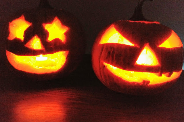 Wordless Wednesday: Night Lights #jackolanterns