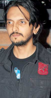 Vishesh Bhatt age, wiki, biography, wife, height, weight