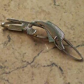 Fish tie clip