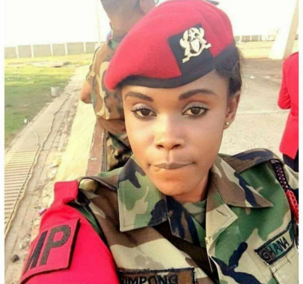 """""""I need someone to love me""""- Again another gorgeous Military Officer beg for love"""