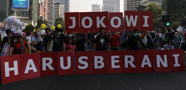 Desak Jokowi Batalkan Vaksinasi Berbayar, Koalisi Masyarakat Sipil: Harusnya Presiden Bisa Tegas, Batalkan Bukan Tunda!