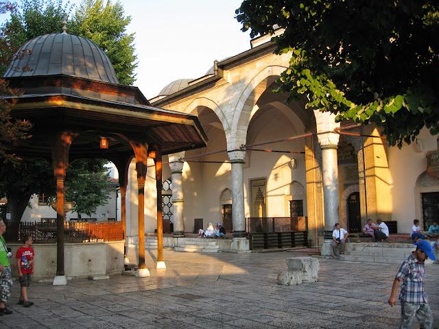 Gazi Hüsrev Bey cami, Saraybosna