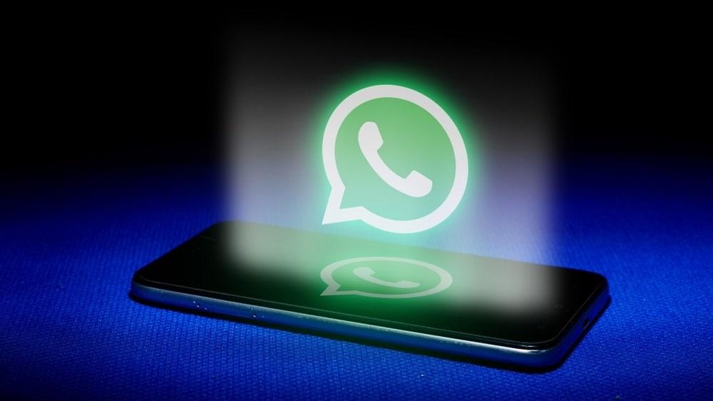 Diventa obbligatoria la condivisione dei dati WhatsApp con FACEBOOK