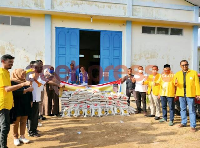 Ilham Pangestu Salurkan 100 Zak Beras Untuk Korban Banjir