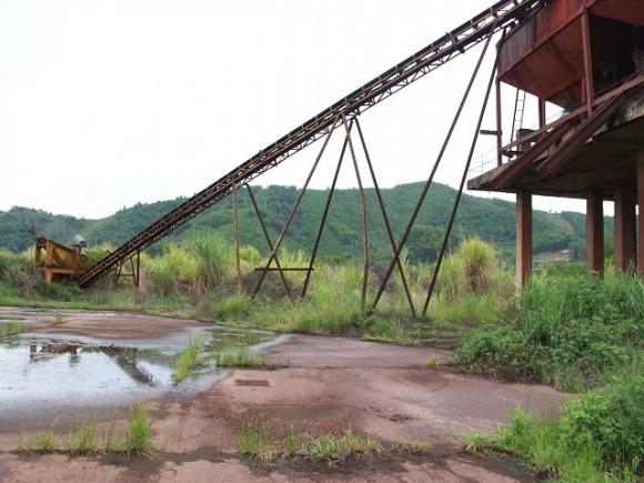 """Cận cảnh mỏ sắt nghi là """"thủ phạm"""" khiến nước Ngàn Trươi chuyển đỏ 7"""