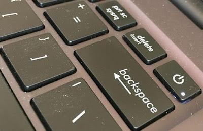 6 Cara Mengatasi Tombol Keyboard Menghapus Sendiri, bagaimana cara memperbaiki keyboard laptop yang sering menghapus sendiri, cara memperbaiki laptop yang sering menghapus sendiri, cara memperbaiki tombol yang sering menghapus sendiri
