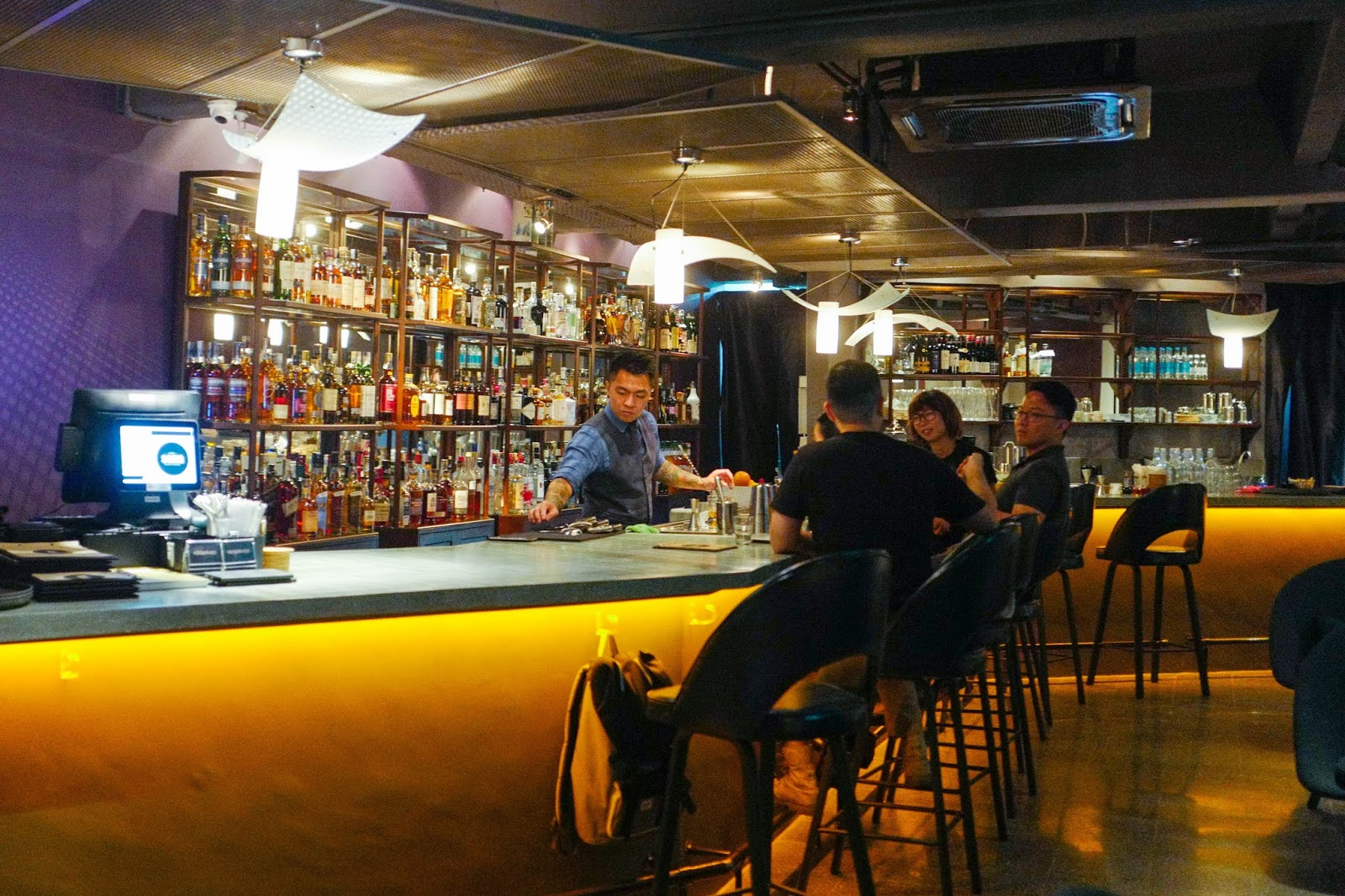 soma cocktail bar, taman tun dr ismail