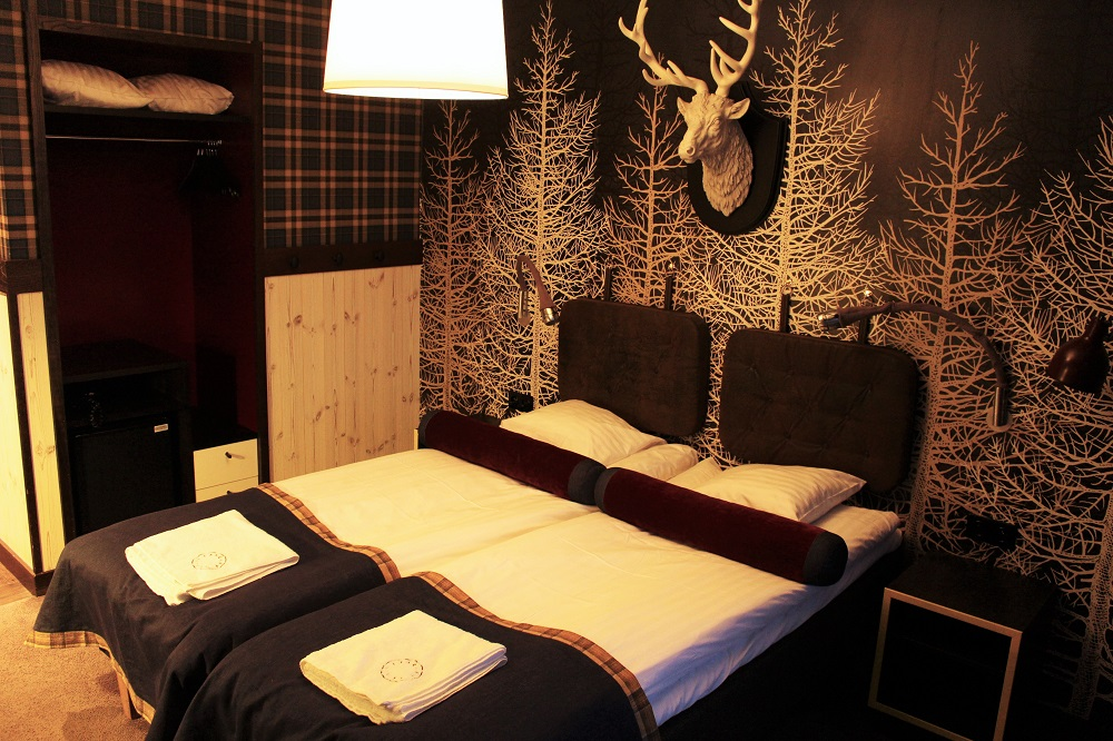 Hotel Tango bedroom - Skiing at Val Thorens - ski holiday in the French Alps - travel blog