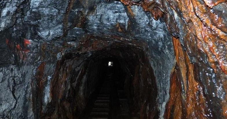 Gold in California: The Giant King gold mine