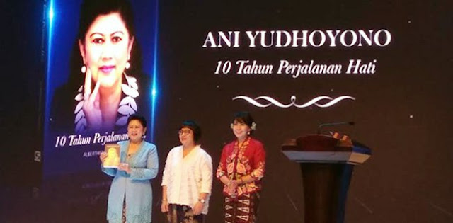 "Ani Yudhoyono Luncurkan Buku, SBY Merasa ""Ditantang"""