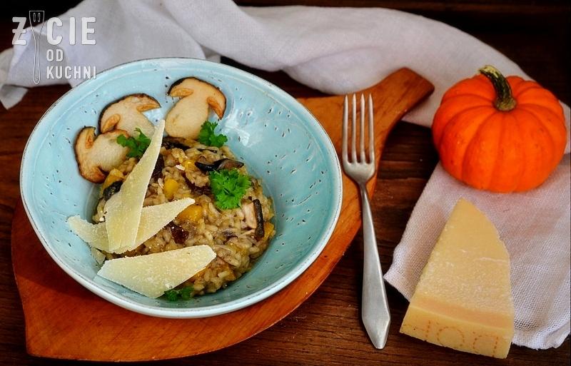 sierpień, risotto z grzybami