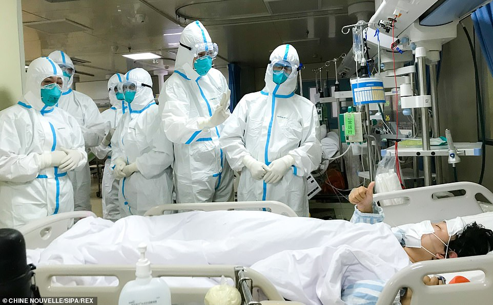 9th Coronavirus Death In US; Schools Consider Online Classes