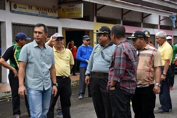 OPD Padangpariaman Ramai-ramai Bikin Pelayanan di Pasar Grosir Kasang
