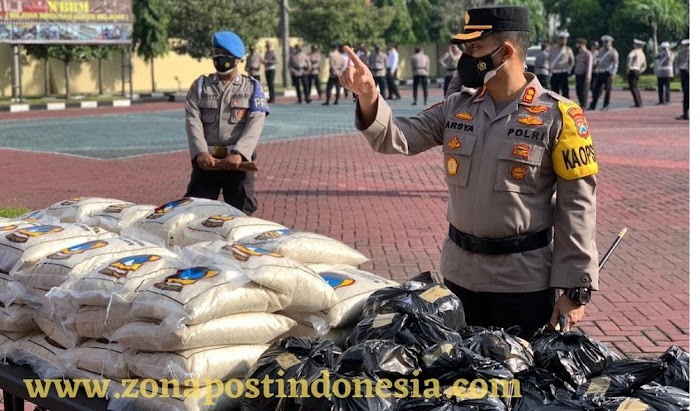 Kapolres Probolinggo Lepas Baksos Distribusikan 10 Ton Beras Untuk Warga di Masa PPKM Darurat