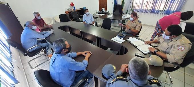 Reunião entre prefeitura, Bombeiros militar e Polícia militar propõe criação de brigada de incêndios em Rosário Oeste
