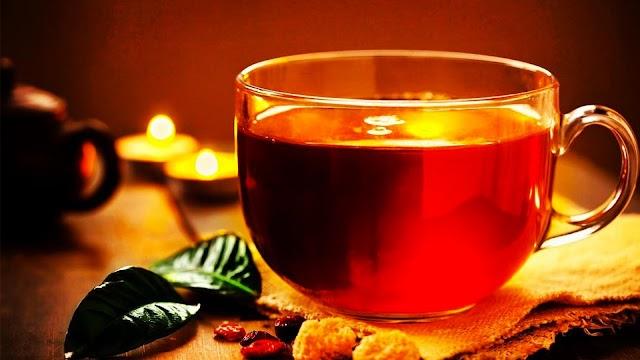 Μαύρο και Πράσινο Τσάι: Τα πολύτιμα ξαδέλφια που προφέρουν υγεία