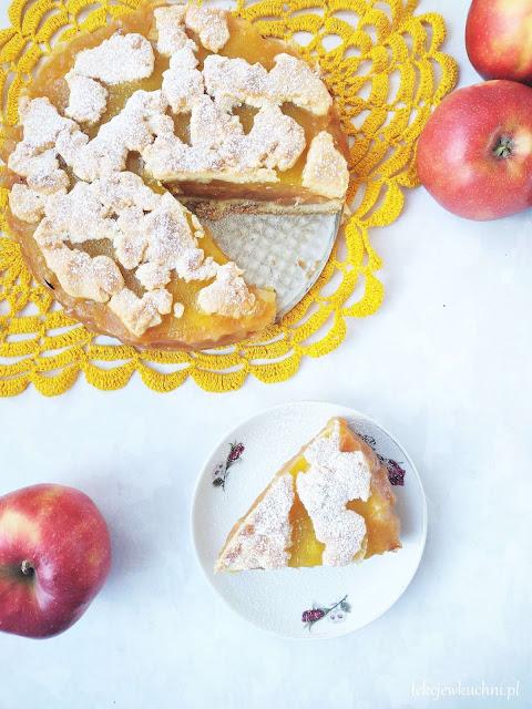 Jabłecznik z ananasem i musem jabłkowym ze słoika przepis