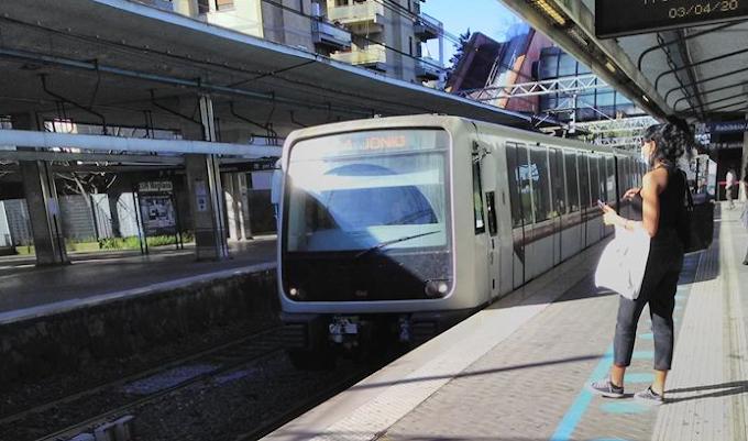 """Roma-Lido, Atac: """"Treni vecchi ma perse meno di una corsa su dieci"""""""